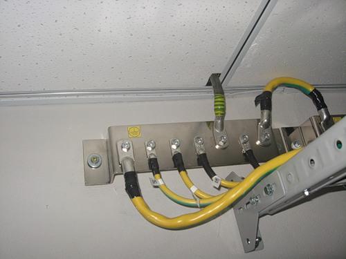 Маркировка кабелей заземлени